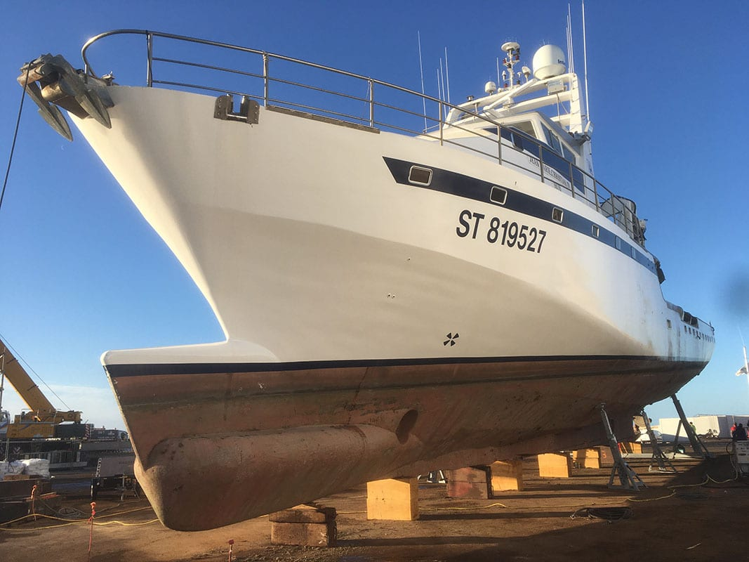 WUM : MOTOR YACHTS & WORK BOATS
